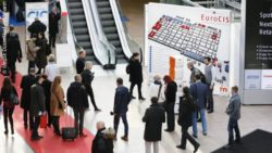 Photo: Visitor flows on the EuroCIS 2018; copyright: Messe Düsseldorf / ctillmann