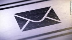 Drawing of an envelope black on white; copyright: PantherMedia / PirenX